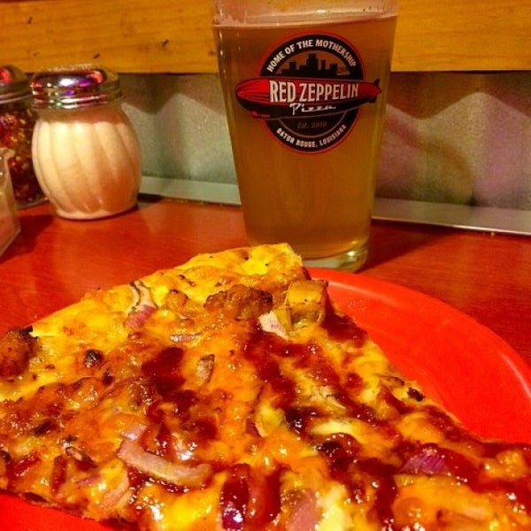 We have awesome pizza AND beer!  #pizza #beer #food #foodie #love #instafood #pizzatime #pizzeria #pizzalover #foodlover #pasta #like #dinner #pizzas #italy #foodstagram #yummy #lunch #batonrouge