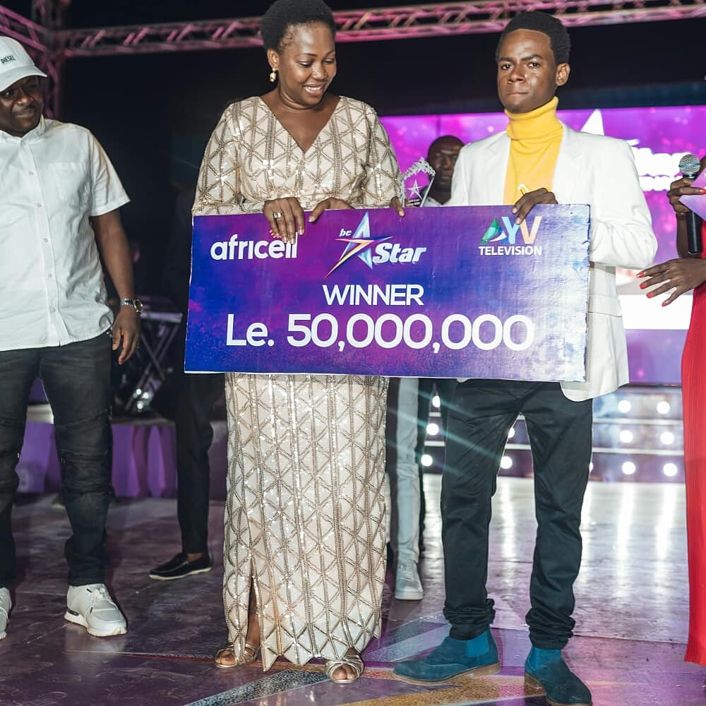 "A Big Congratulations to the Winner of #BeAStarSalone Season 1 - Mohamed ""Larkson"" Sesay 🎉. It was an incredible journey! We hope You enjoyed it as much as we did.  Thank You to all 💜🙏🏼.  Cheers to a spectacular #BeAStarSaloneFinale. 🎵🎤🇸🇱⭐   #SaloneTwitter #AYVSierraLeone https://t.co/qKtUc5iv2p"