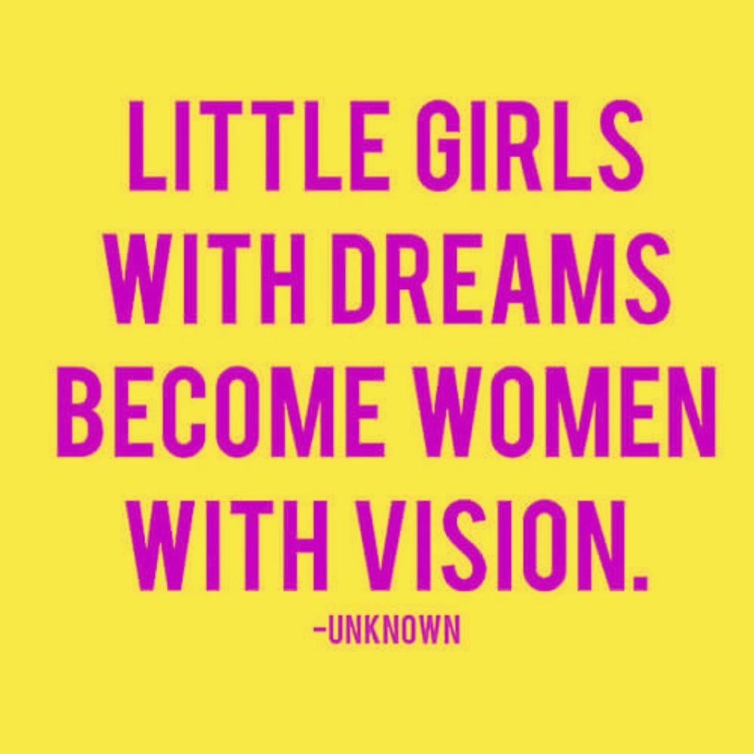 Every vision began as a dream... dream BIG ladies! #dream #dreambig #reachforthestars #vision #visionary #leaders #womenleadership #girlssoccer #motivationmonday @visionarywomen @girlsbuildingempires @forbeswomen @huffpostwomen @oprah @serenawilliams @emmawatsonpic.twitter.com/8D716MDNfS