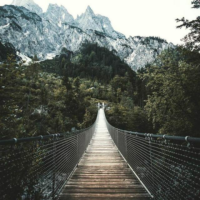 """Refuse to apologize for being. You are not taking up space. you are a mountain."" - Alison Malee  #motivationmonday #mondayorning #mantramonday #creativelifehappylife #mycreativebiz #thejourney #keepmakingpic.twitter.com/KAtQHa1vKF"