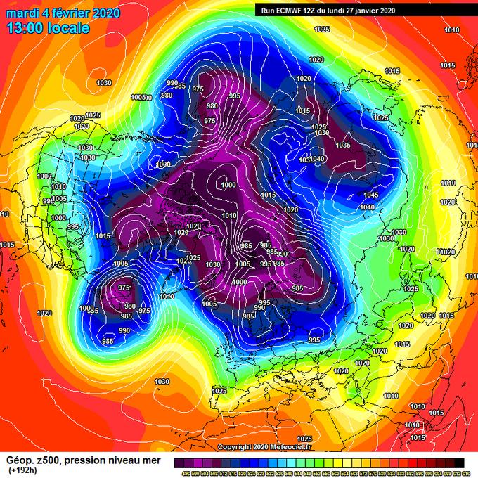 Tras muchos días de monotonía en los modelos meteorológicos,en algunas actualizaciones de esta tarde vemos que hay posibles indicios de cambio, con toda la cautela del mundo pero como podemos observar en este mapa del modelo ECMWF a 192h a nivel hemisférico se mueven las piezas