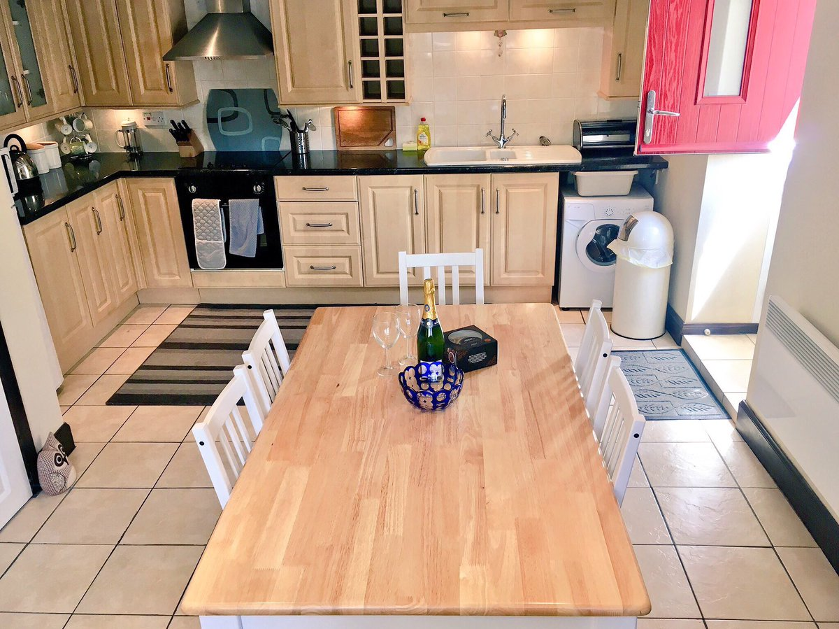 We've got availability in March at just £395 per week...  can we tempt anyone ? Short breaks available too #Northumberland cottage for 2-4 <br>http://pic.twitter.com/xKEZjHlfHz