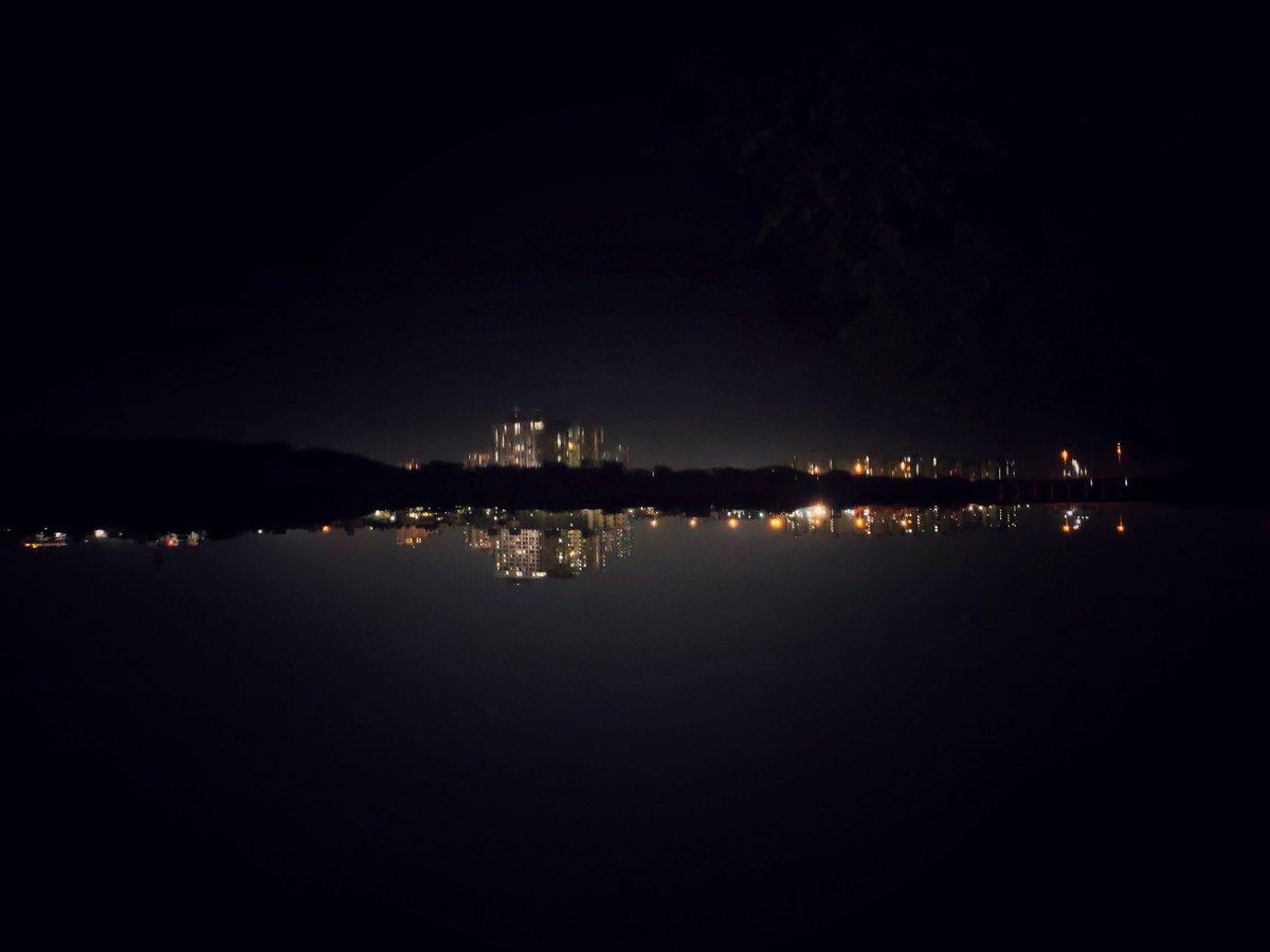 Reflection photography#mobilephotography #Trending #reflection #photooftheday #picoftheday #pics #natgeo #travelphotography @MKHardyPhoto @BBCEarth @NatGeo @realmemobiles @Actor_VivekPras @Discovery