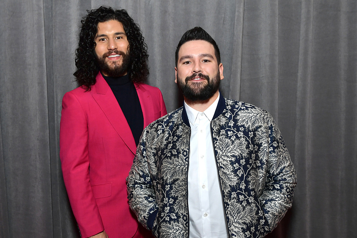 Country Stars Walk the 2020 Grammys Red Carpet — See Pictures! dlvr.it/RNrMn0