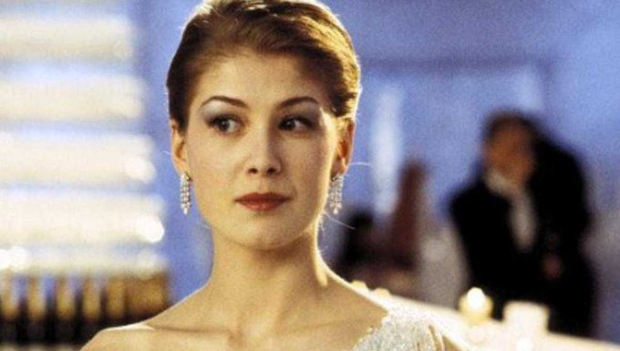 Happy 41st birthday to Rosamund Pike, star of SURROGATES, WRATH OF THE TITANS, DIE ANOTHER DAY, GONE GIRL, and more!