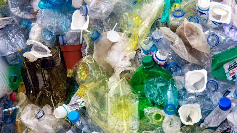 Could you cut down on the amount of single use plastic you use? Our #plastic #recycling page has information and tips. ♻️  ➡️