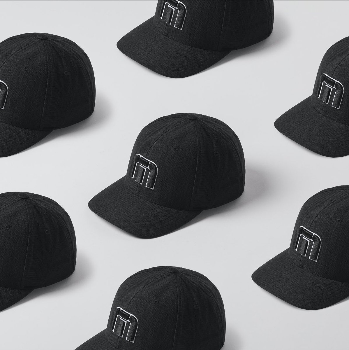 Hats off to those that have smashed their Monday .  #travismathew #cap #hat #mensfashion #workandplay pic.twitter.com/EUY0bqYGrd
