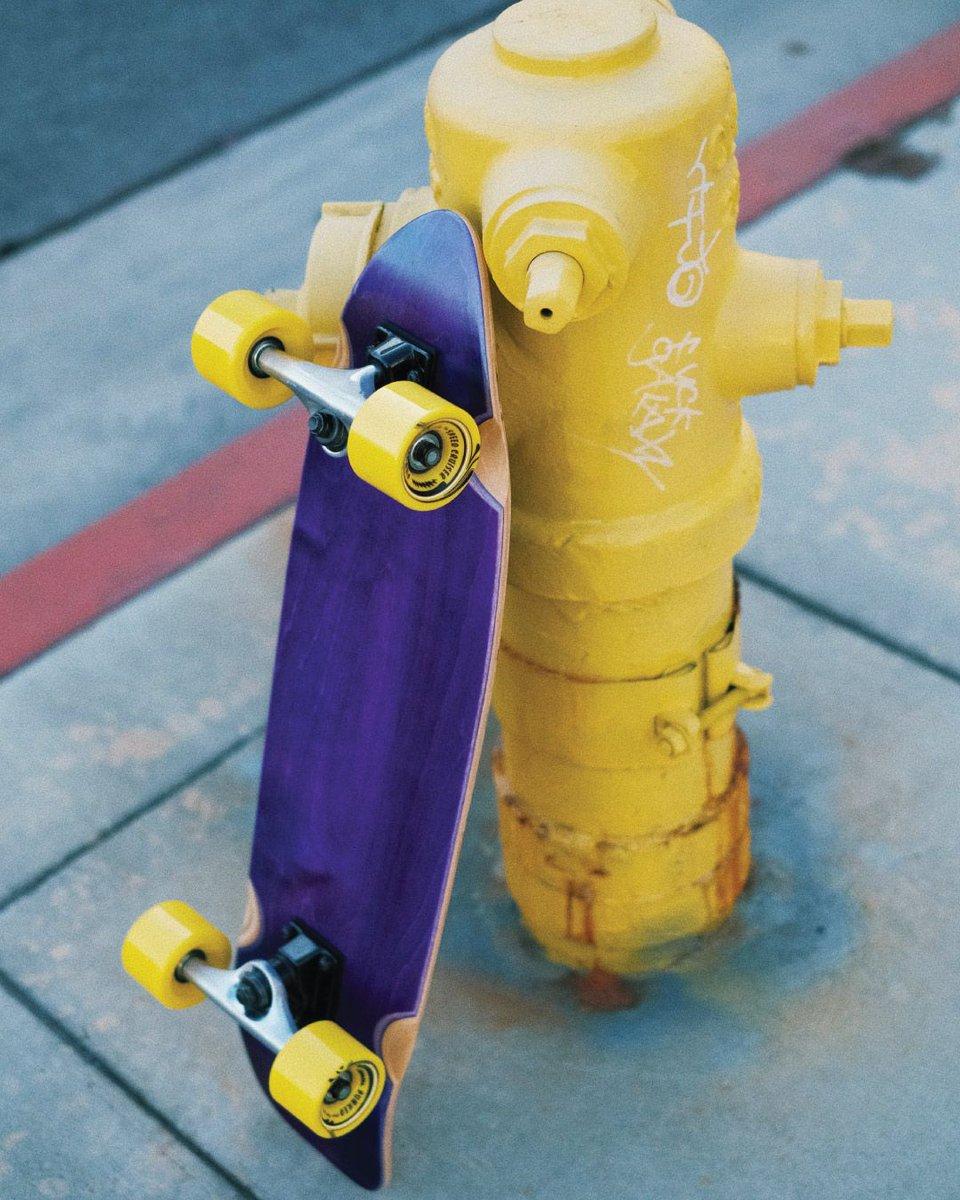 Style too hot  gotta chill next to a fire hydrant  ...  #yocaher #skateboards #skateboarding #skateboarder #skaterboy #skatergirl #girlscanskate #skatepark #skatelife #sk8 #firehydrant #skateshop #skateamerica #toohot #streetskater #streetlife #lakerscolor #lakervibepic.twitter.com/AyeVOQJoyW