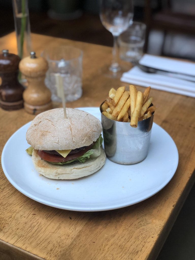 If you're participating in Veganuary why not take advantage of our 50% off mains Mon-Thurs offer and try our delicious vegan burger? #veganuary #vegan #veganburger #foodie #offer #dealpic.twitter.com/uhfppc1hW8