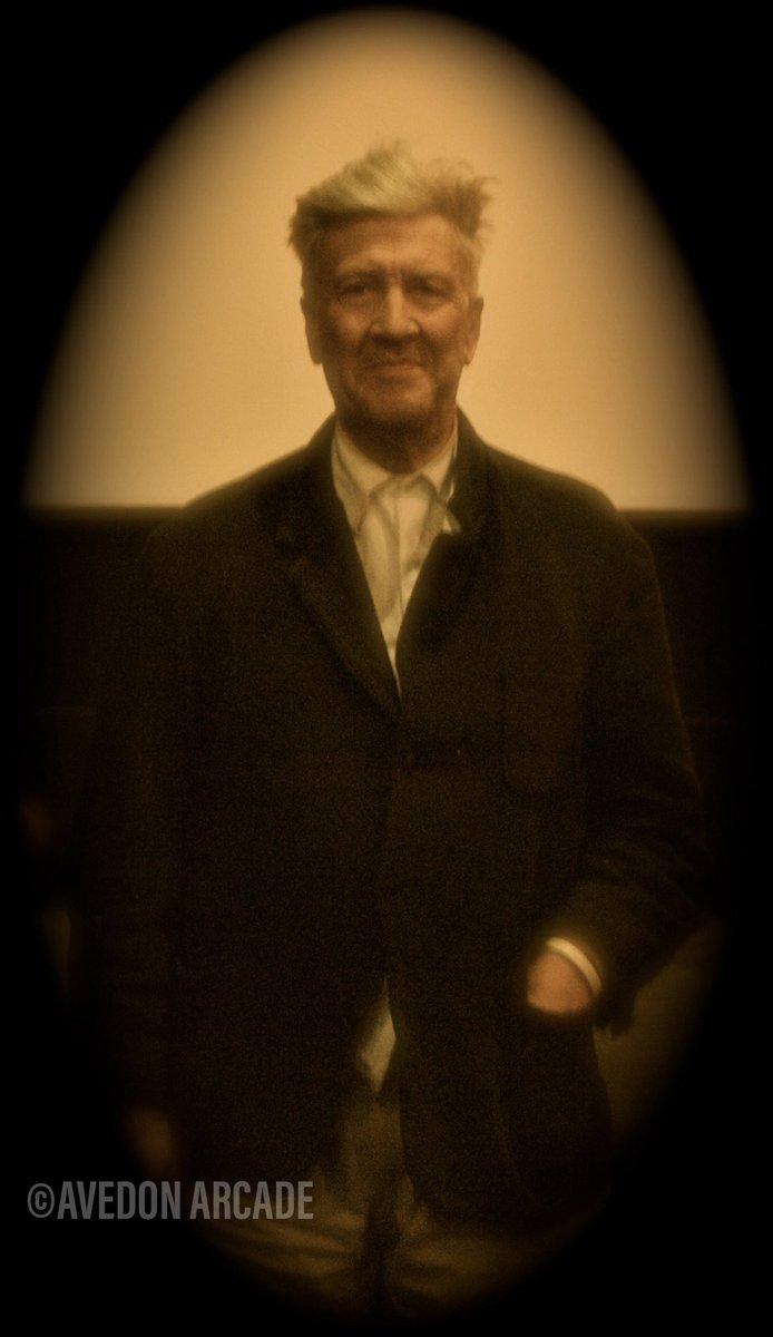 FB reminded me of the time I got to take @DAVID_LYNCH 's picture at the @newbeverly when @edgarwright was curating for the #wrightstuffii during a screening of #WildatHeart (@LauraDern was there too!) I was going for that old school #daguerreotype effect. Almost 10 years ago!pic.twitter.com/79LKkUARh2 – At New Beverly Cinema
