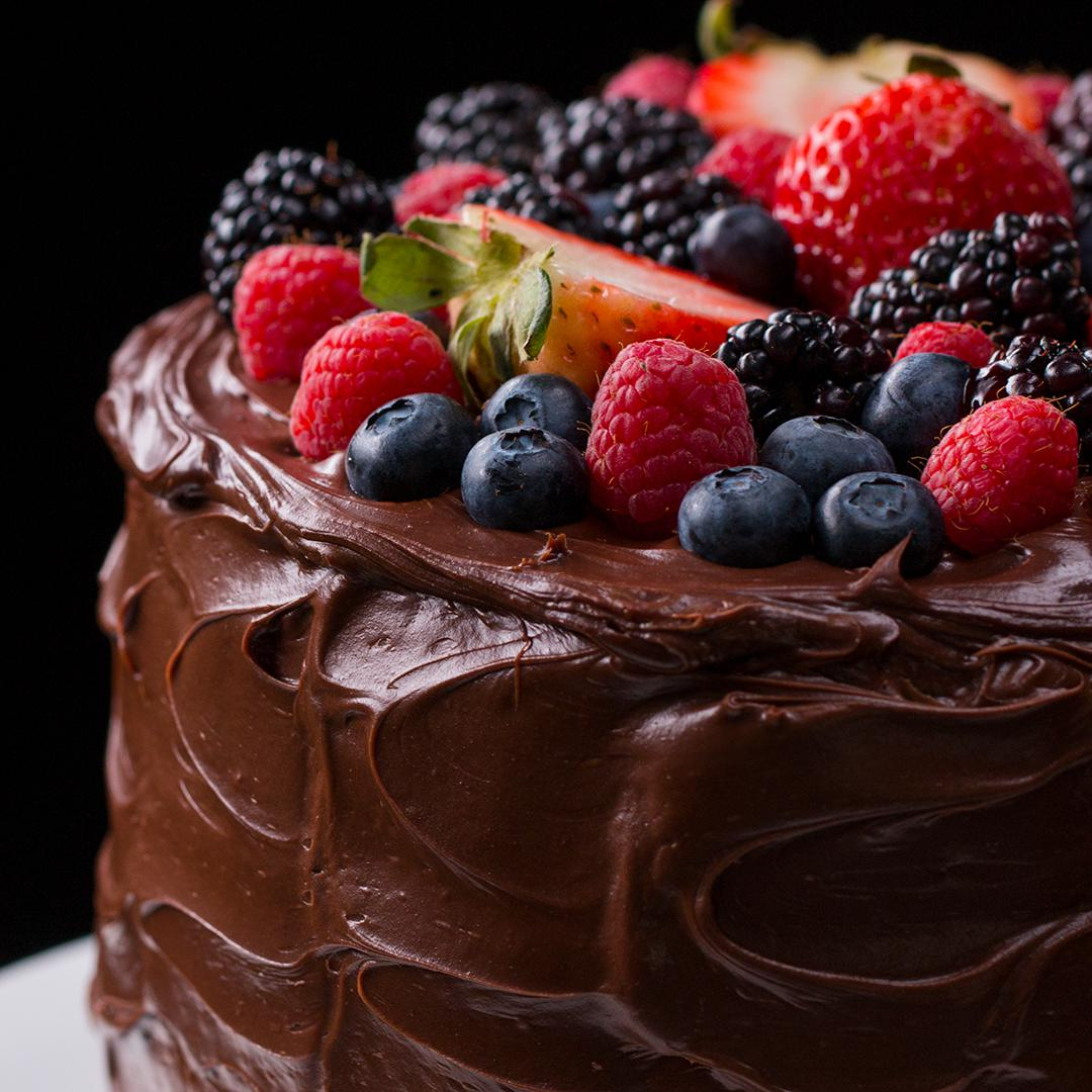 Chocolate cake is nature's way of making up for Mondays ! happy #nationalchocolatecakeday !  #chocolatecake #foodie #yummy #foodpreparation #bakeryequipment #foodequipment #bakingcake #modnayfeeling #cakeday