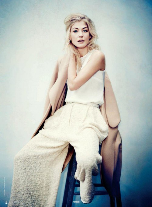 Man, I just adore this lady. She is so multifaceted, such an incredible gem. Happy birthday, Rosamund Pike.