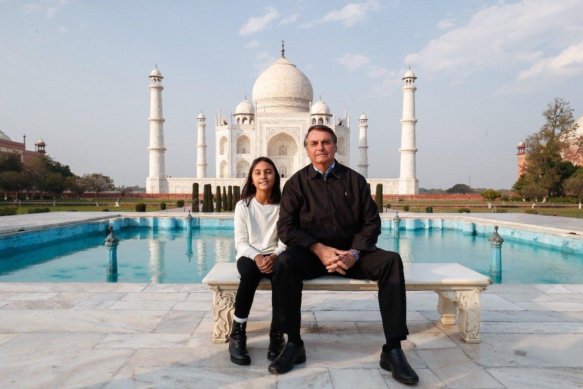 @jairbolsonaro's photo on Taj Mahal