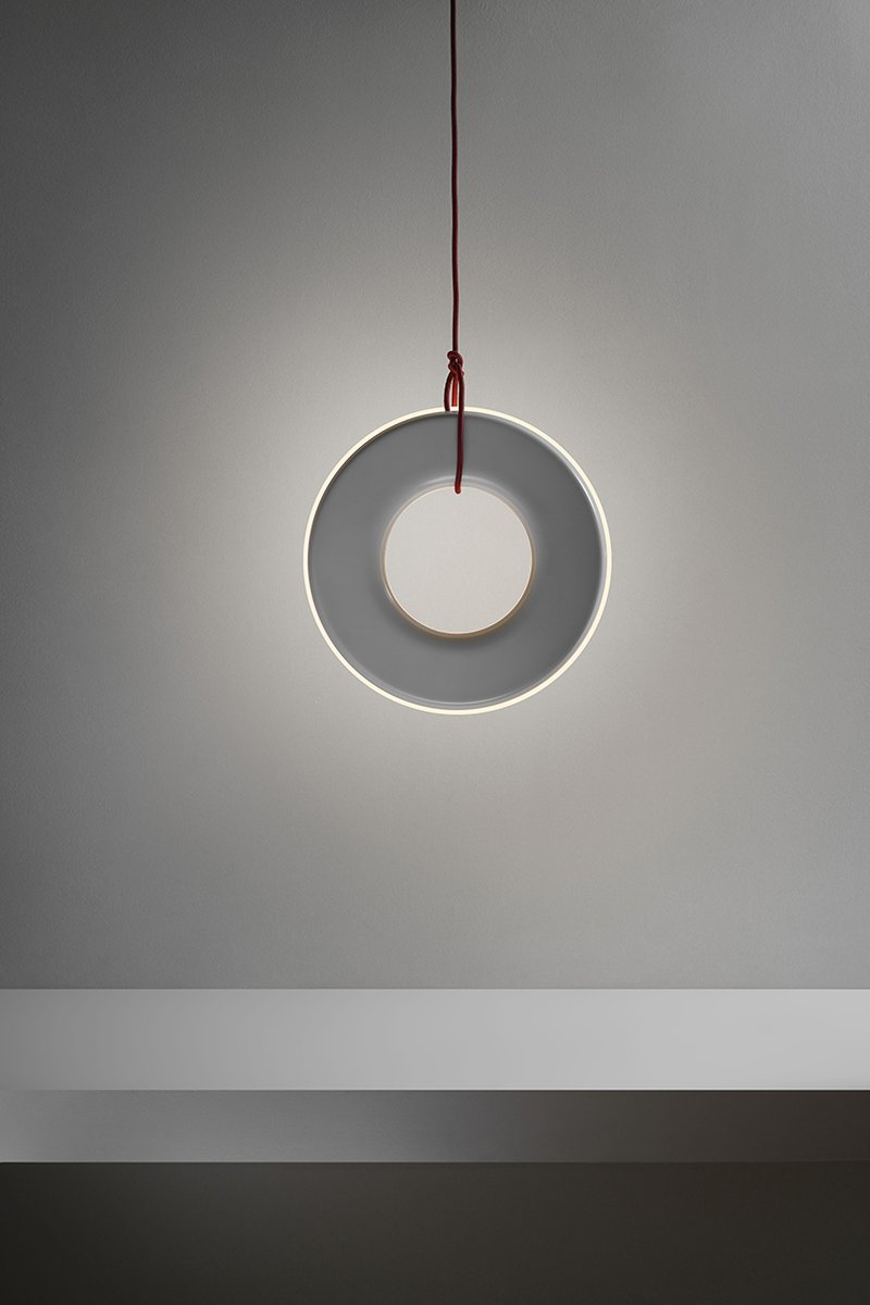 Aesthetics and functionality go hand in hand in these lights. #designtips #lighting  http://cpix.me/a/90741912pic.twitter.com/7eqi0FIgu2
