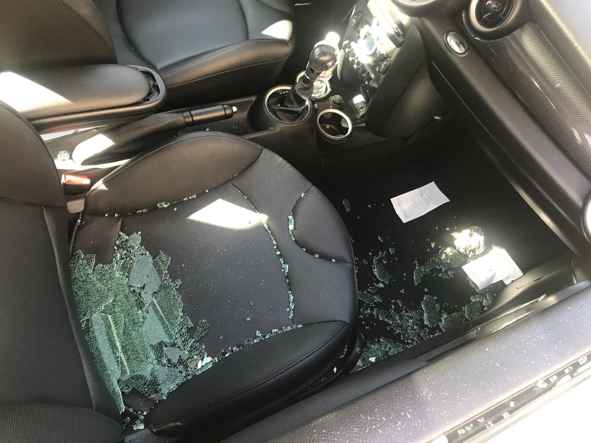 #weho #beverlygrove 300 Blk N Alfred St x Oakwood Ave x Rosewood Ave area - #burglary from motor vehicle suspects ACTIVE in the area today- Reminder to take all bags,computers, etc OUT of your parked vehicles @WHWRA @WehoPatch @LAPDWilshire @WeHoDaily