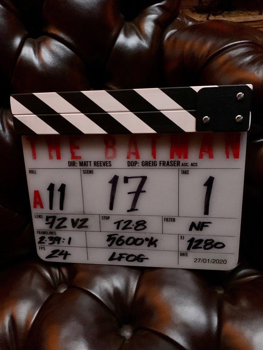 The Batman Reboot Starring Robert Pattinson Finally Begins Filming - GameSpot