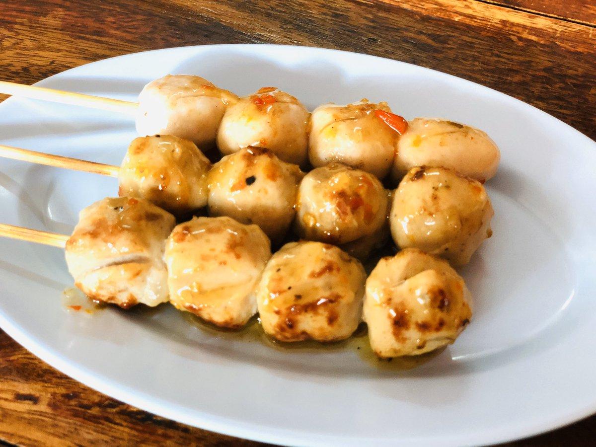 #ลูกชิ้นปิ้ง #grilledmeatball #yummy #delicious #อร่อย