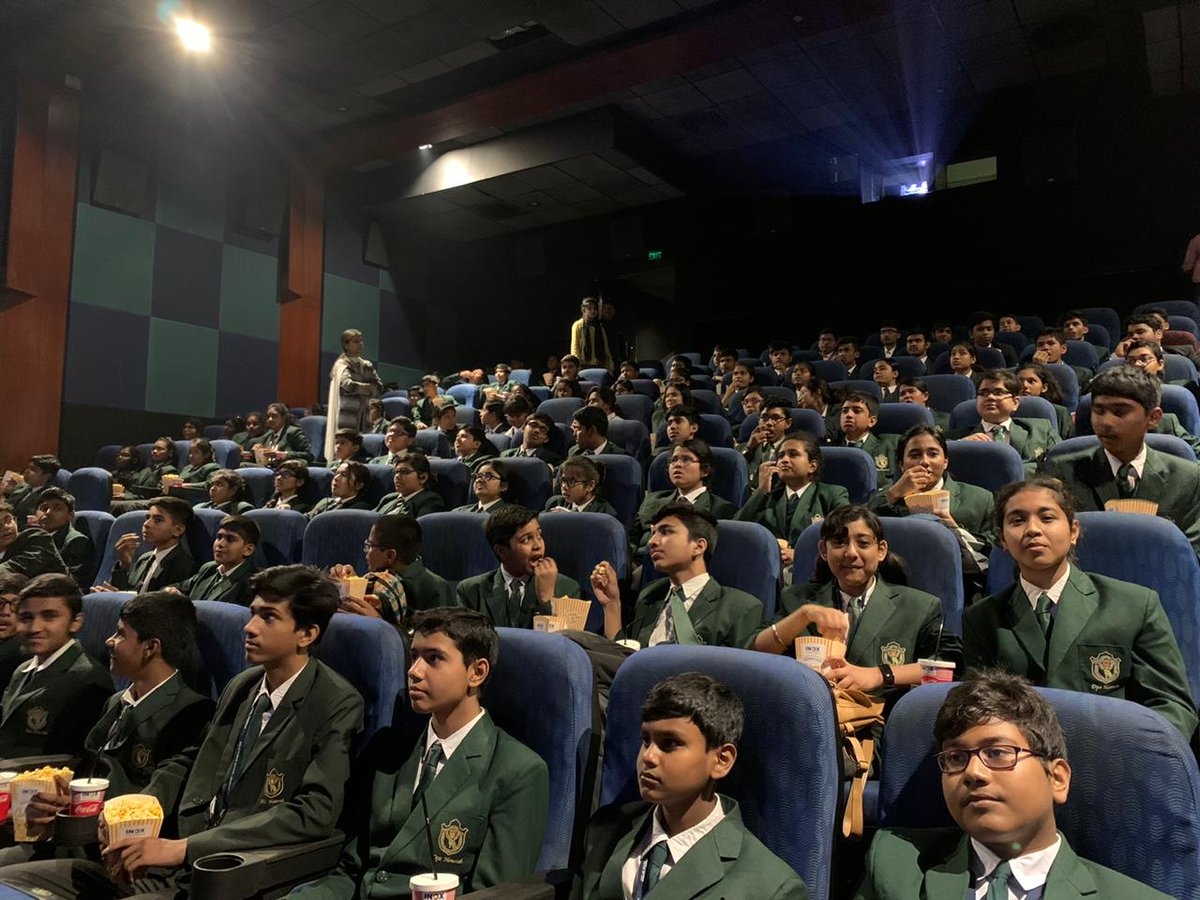 #1917Movie is not just a movie, it is a war study in itself. Students of Delhi Public School watched @1917 at @INOXMovies Kolkata.  #SamMendes #GeorgeMacKay @Dean_C_Chapman #MarkStrong #AndrewScott @_richardmadden #ClaireDuburcq #ColinFirth #BenedictCumberbatch @amblinpic.twitter.com/JAAEiawblJ