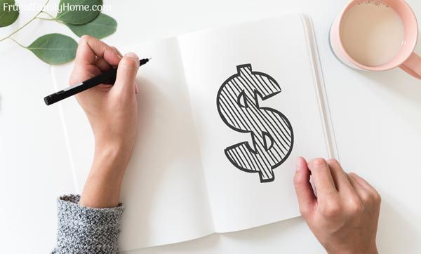 Don't let poor spending habits keep you from reaching your money goals.  These tips can help you change your thinking and spending habits. Listen to the podcast:  http://bit.ly/2zRM0R4  #MoneyTips #SpendingHabits #MoneyGoals pic.twitter.com/XiTOZQp6Zq