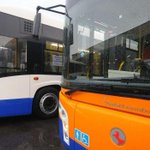Image for the Tweet beginning: Pietre contro un bus dell'Amat