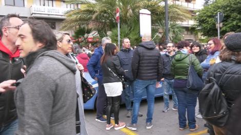 """Sciopero dei call center a Palermo, """"Non togliete ai poveri per dare ai poveri """"(VIDEO) - https://t.co/u4uYpTeSpd #blogsicilianotizie"""
