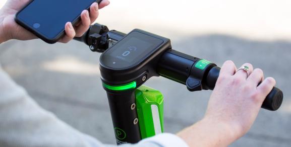 Lime uses sensor data to keep scooters off sidewalks >  https://ift.tt/3aQNjkE   #technews  #technology  #news