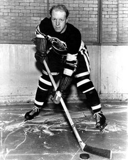 On this date in 1940, #blackhawks Les Cunningham scored five points in one period to set an #NHL record that lasted until 1978 (Brian Trottier)