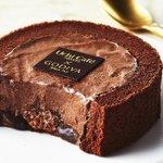 発売2週間で約250万個売れた伝説のスイーツ「Uchi Cafe×GODIVA ショコラロールケーキ」1月29日よりローソンから発売されます。