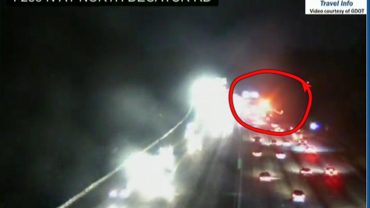 Wreck on the right shoulder I-285 NB at Covington Hwy making for some extra brake lights back around I-20.  #MorningRushATL <br>http://pic.twitter.com/5Dugy49K3P
