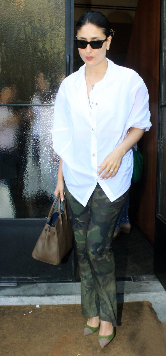 #KareenaKapoorKhan keeps it cool in camouflage 💯
