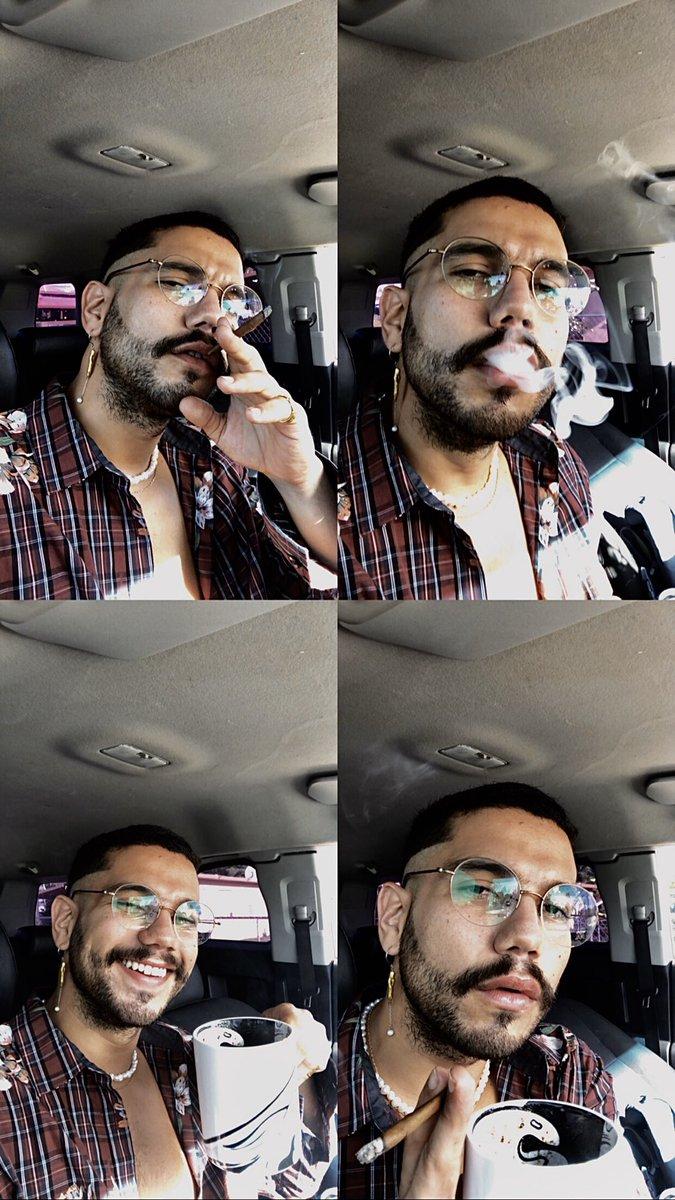 #morning  #mondaymotivation   #bluntsandcoffee  #cannajevos  #highlife  #whateverpuertorico  #boyswithglasses  #pearls  #thoselips  #roylichtenstein  #popartstyle  #selftimerportrait  #smokes  #cannabismedicinal