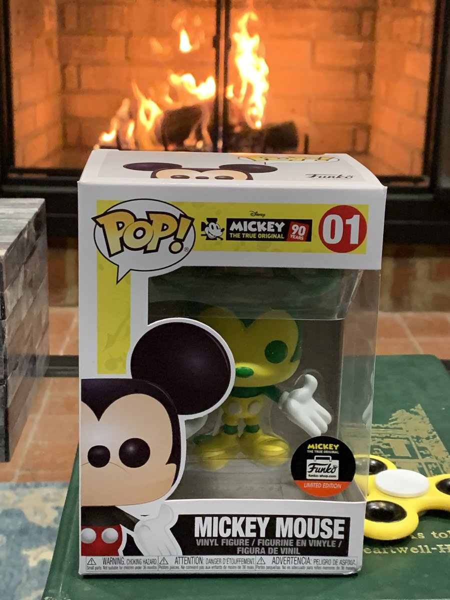 I received an amazing birthday gift yesterday — a @KyStateU green and gold @Disney #MickeyMouse. 😍