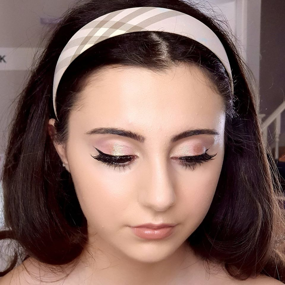 We love soft retro look created by Studio Couture by PK 😍 You cant beat a classic eyeliner wing!http://www.yourlondon.wedding/supplier/az/24443/studio-couture-by-pk… #weddingmakeup #bridalmakeup #weddinghair #bridalhair #londonmua #weddingmua #bridalmua #weddinghmua #bridalhmua #londonhmua #weddingmagazine