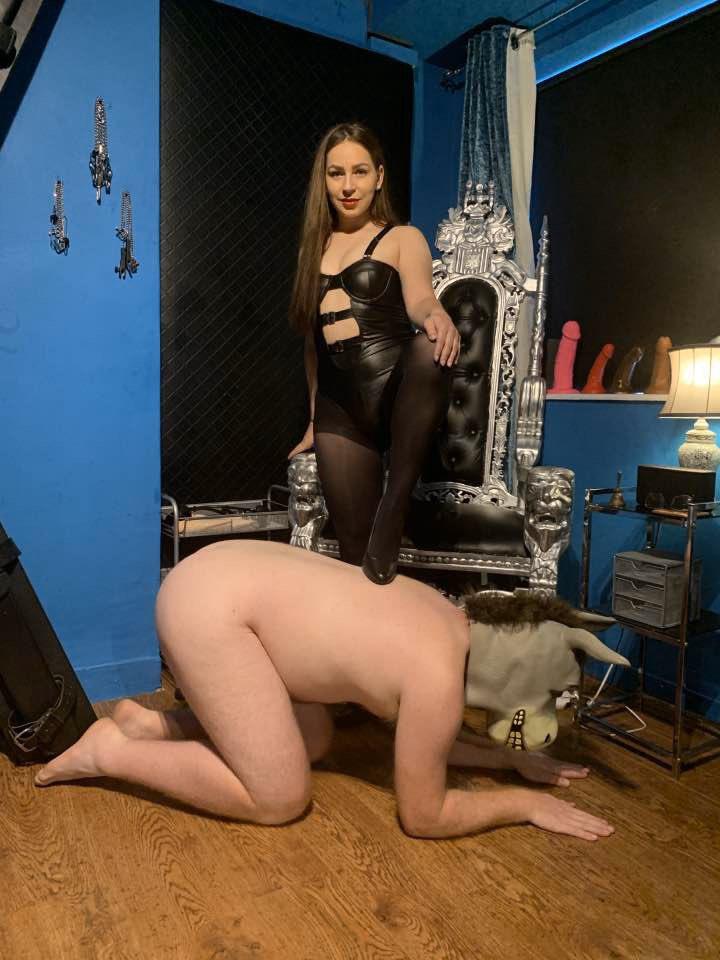 domina lady annabelle