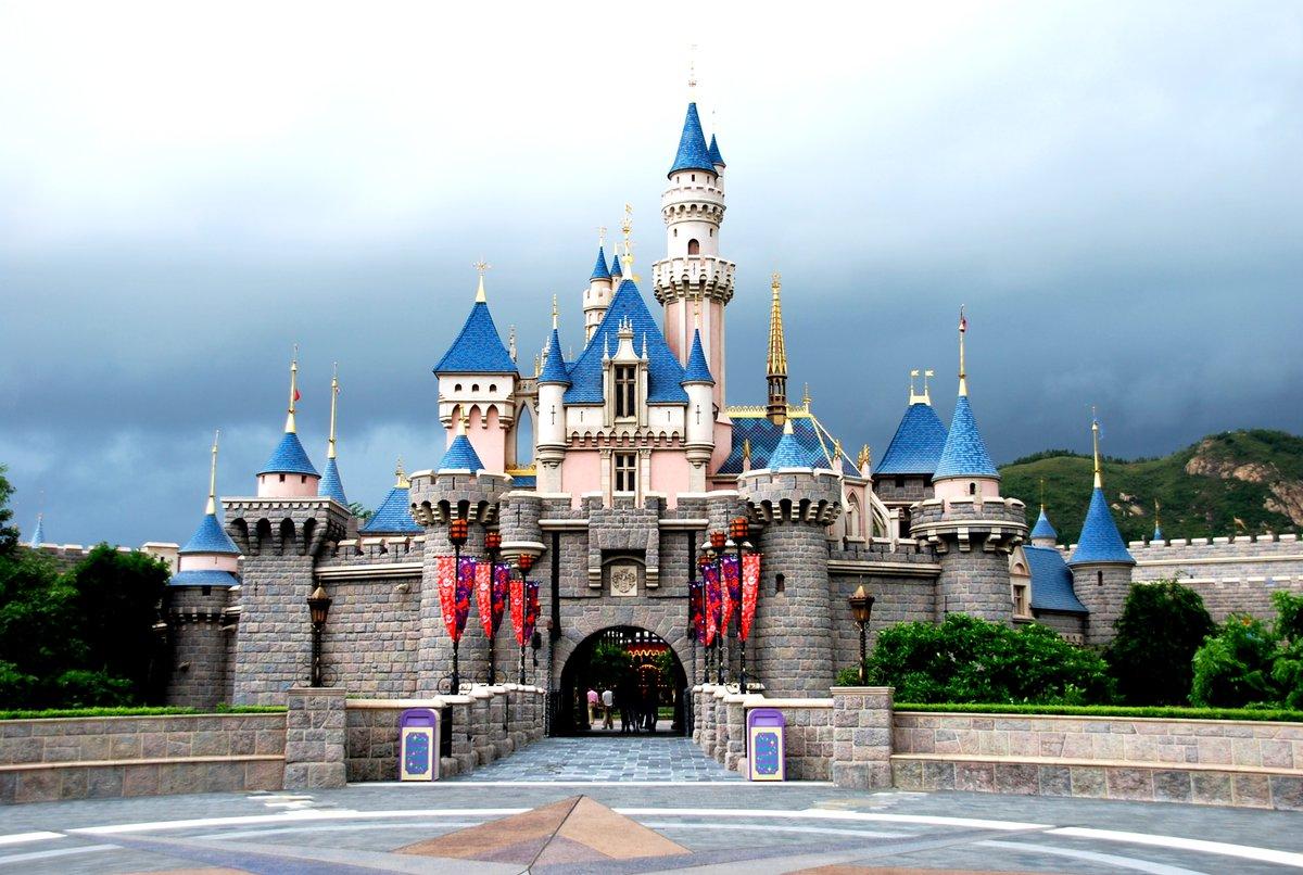 Hong Kong Disneyland cierra sus puertas debido al coronavirus. Este cierre se une al de Shanghai Disneyland. #HongKong #coronavirus #CoronavirusChino #coronaviruswuhan #Disney #DisneyPark #HongKongDisneyland #Magic #MickeyMouse