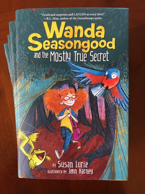 My longtime Goosebumps editor, @SusanLurie2, has published an hilarious and twist-filled fantasy novel for middle grade kids. Highly recommended by me. Hope youll check it out and preorder.