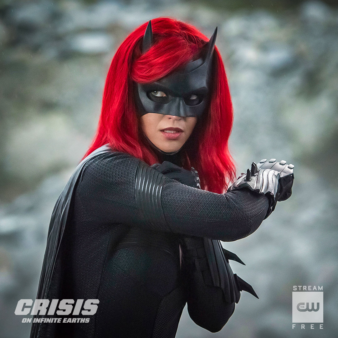 Batwoman is better than I could've ever expected! <br>http://pic.twitter.com/vLJHXHq7d4