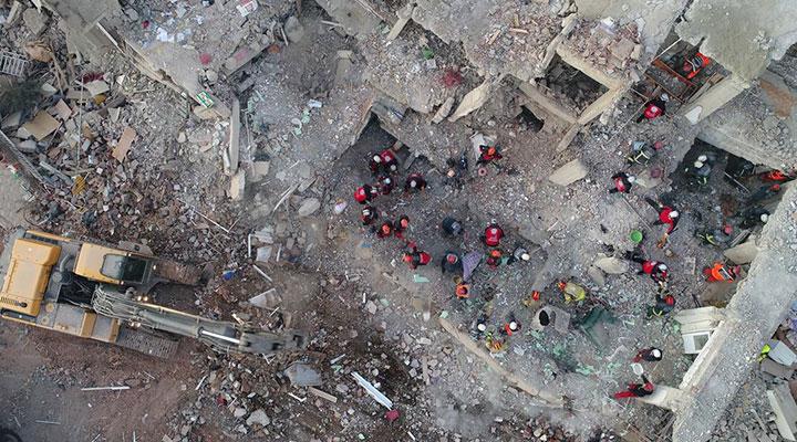Elazığ depreminde yıkılan binalarda dere kumu kullanılmış bit.ly/2U5LjiC