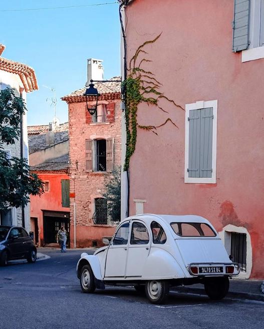 Provence, still beautiful in the winter sun © mskevin #vinsdeprovence #rosé #visitprovence #winterrosé #holidayinspo https://t.co/0D5ihit26B