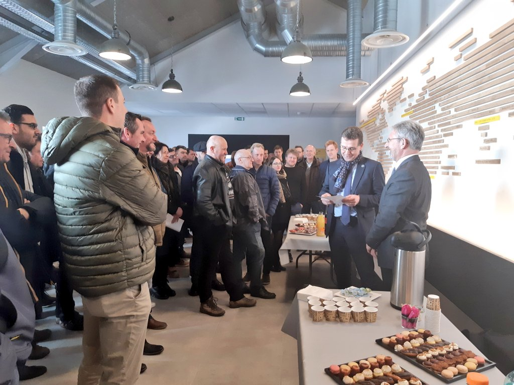 #WEAFrance Area Director @PuppinckX welcoming all Belgian @CWGC staff to the #CWGCExperience (in het Nederlands!) #waw #multilangual #impressed #hartelijkdank #dikkemerci https://t.co/5YdW0YYVW4