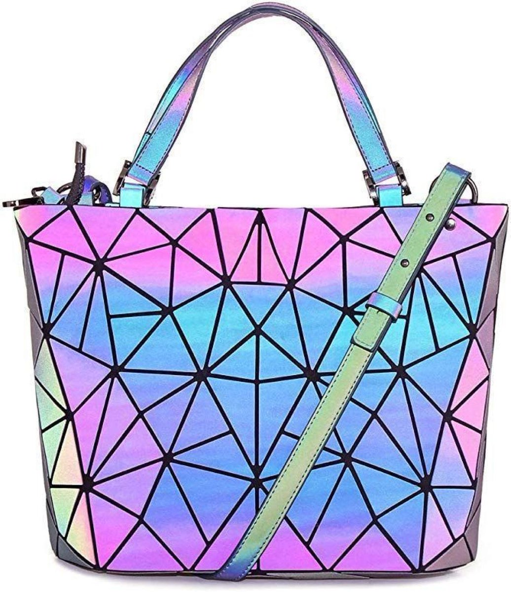 Holographic Geometric Purse    $23.61 with Free Prime Shipping    use code 26Z3I34I at checkout   #steals #deals #stealsanddeals