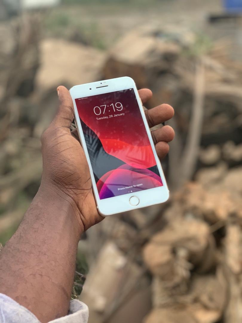 UK used phones  iPhone 7 Plus uk used  85k only  iPhone XS Max 64gb   225k  only   Please if this make it your TL  Please help me retweet my hustle God bless you <br>http://pic.twitter.com/ZmjuYmgZsn