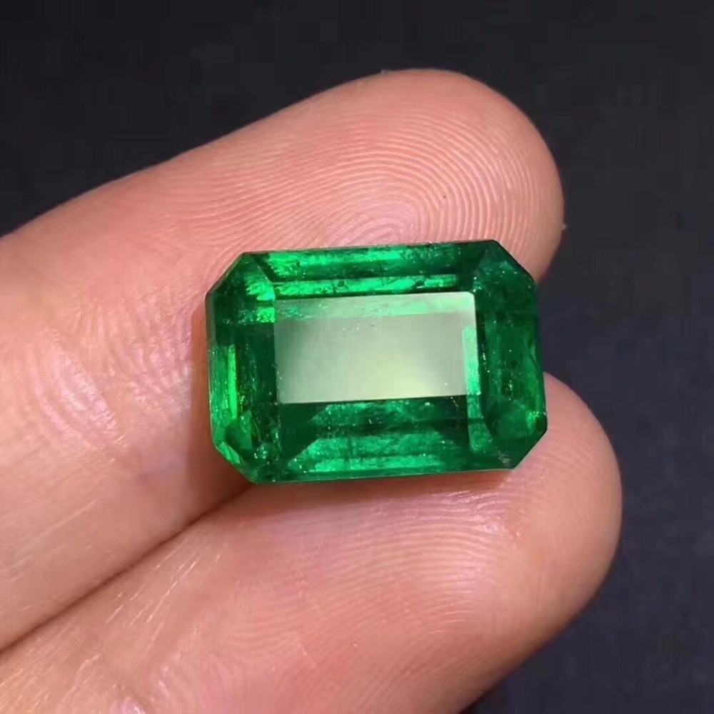 Collection AIGS certificated 7.07ct Faceted Vivid Green Natural Emerald Gemstones Loose Gemstones Loose Stone Gems https://www.romanceofthestones.com/collection-aigs-certificated-7-07ct-faceted-vivid-green-natural-emerald-gemstones-loose-gemstones-loose-stone-gems/… #highquality|#jewelry|#silver|#goldpic.twitter.com/LIbztBlkUi