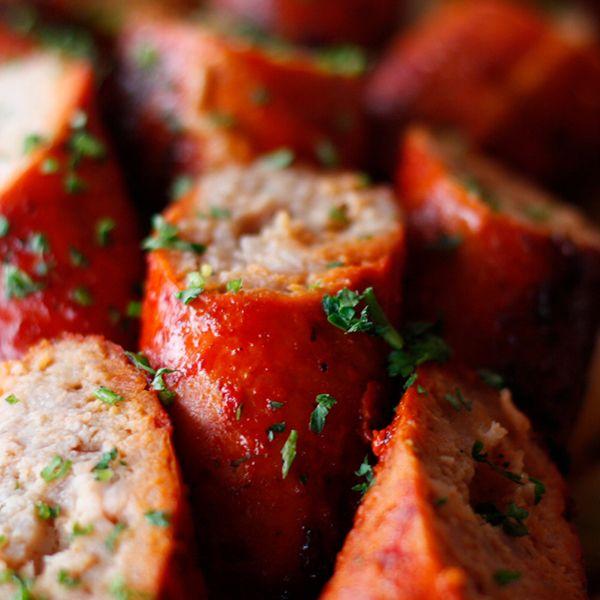 A perfect combination to satisfy your cravings for sausage and tandoori flavour! Visit today or order at ☎# +1 604-973-0123. . #porkchops #porksausage #porkporn #tandoorisausage #sausage #indianfood #indianrestaurant #VaadesRestaurant #vancouverrestaurant