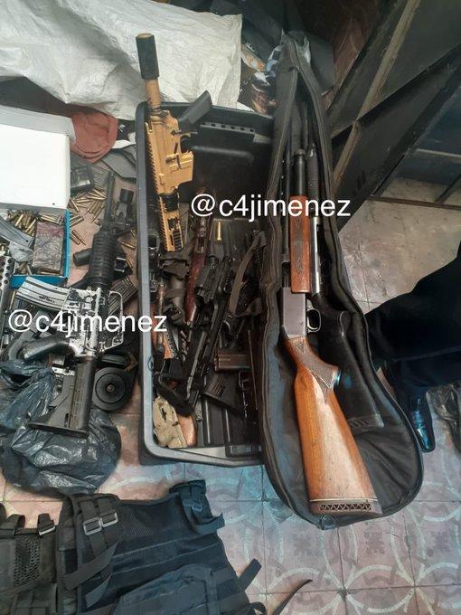 armamento decomisado en el df  EPZjeQ7X0AE90Iv?format=jpg&name=small