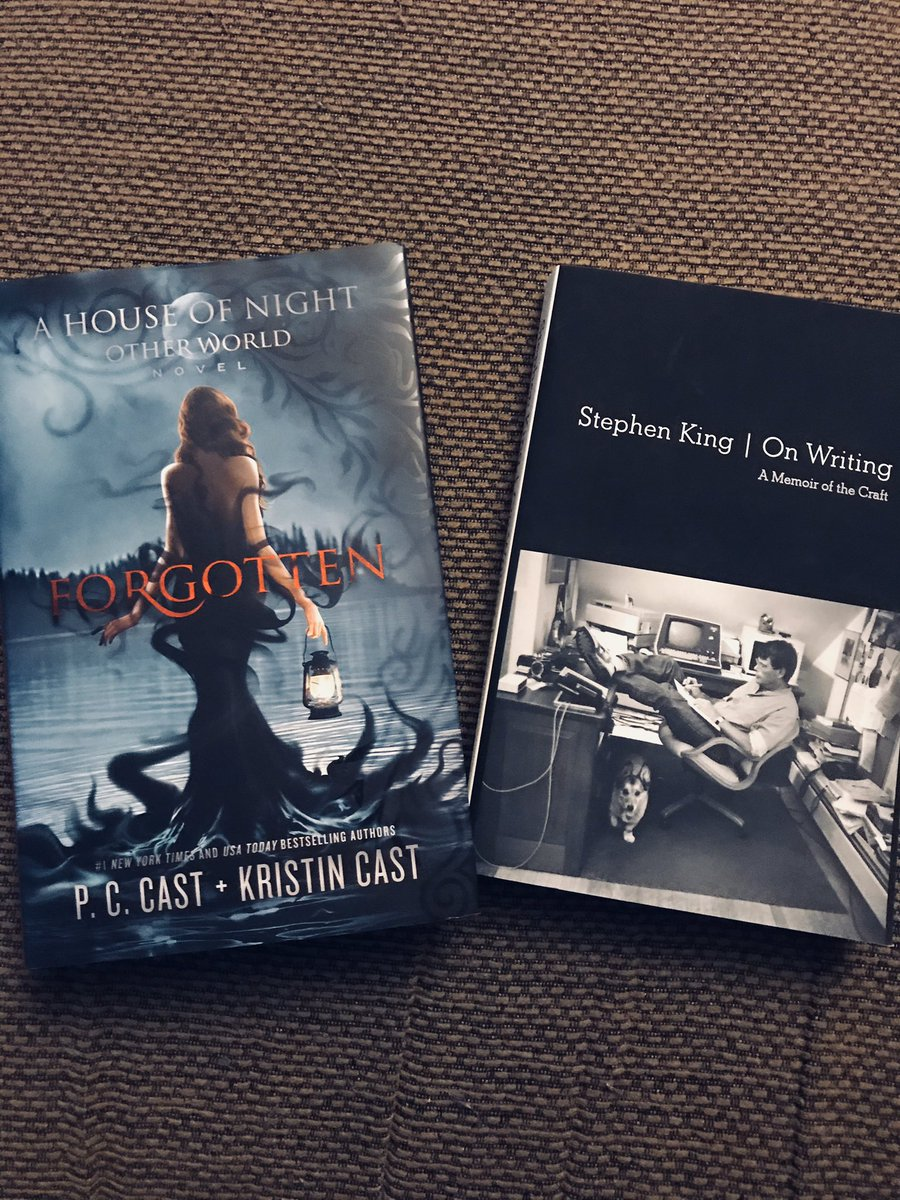 My new reads for February! Can't wait to finally see what happens in #Forgotten. Such a good series if you haven't read #HON yet! Also looking forward to read some pointers by the great #StephenKing himself #HouseOfNight #HouseOfNightOtherworld #OnWriting #WritingCommunitypic.twitter.com/EFJhNIFpjE