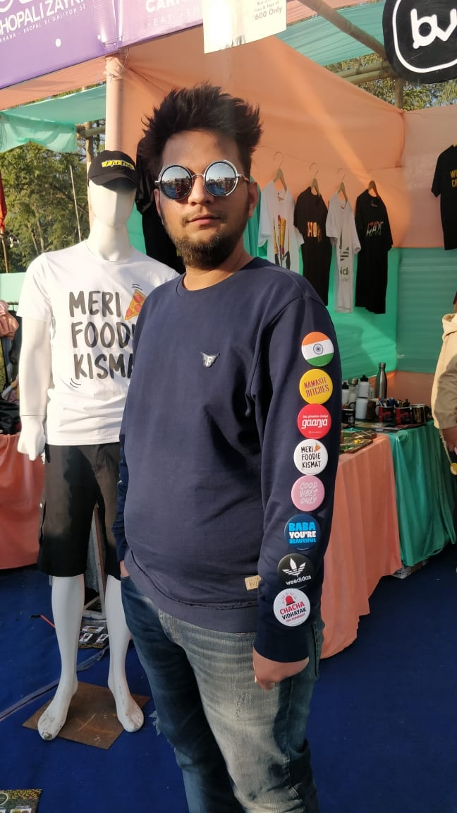 Being style is the attitude !!  Showcasing exclusive badges at @bhopalizayka Food Carnival 2020  #badge #badges #Badger #Badgers #badgedesign #Bazarville #badgereel #badgerstate #badgereels #Badge3d #badgemetalent #badgeholder #buttonbadgespic.twitter.com/05PVvyLfq1