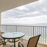 - Lighthouse Beachfront 2 BR Condo, 1,160 s.f. - Gulf Shores Beachfront Real Estate, $529k - Visit: https://t.co/t3AtYC7SpI #GulfShores #Beach #Condo #RealEstate