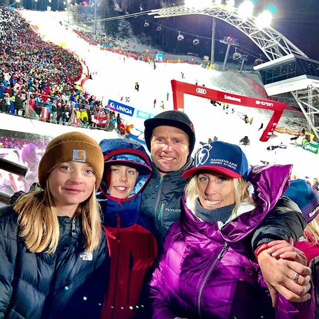 Our last night in Austria on our family trip chasing the men's World Cup from Wengen to Kitzbühel ended here in Schladming.  ski fans were all in on the racing and party.  Thanks @atomicski @redbull @redbullaustria @lauberhornrennen  @hahnenkammrennen … https://ift.tt/37C5I2Cpic.twitter.com/vQsVAuFErS