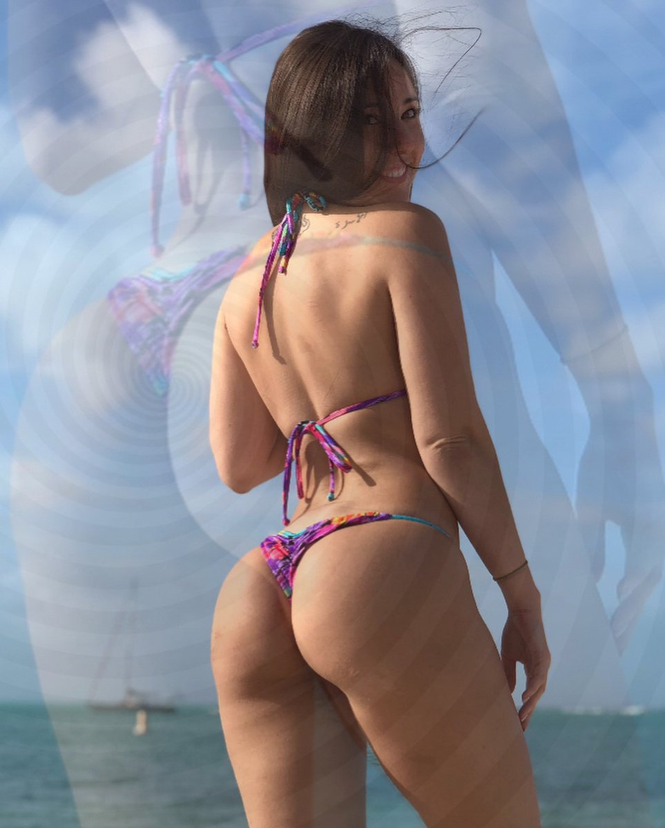 Brunette Bikini, Porn Galery